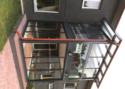 Kahe korruseline klaas-alumiinium talveaed