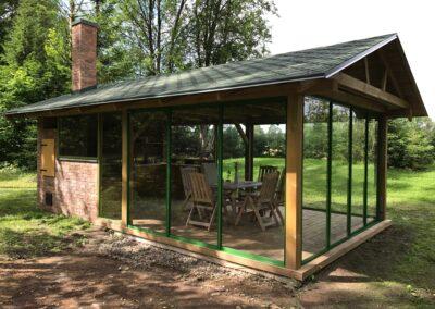 Kirkate klaasidega terrassiklaasid