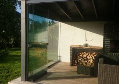 Ilma raamideta terrassiklaasid