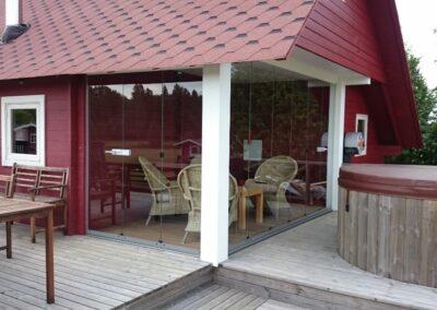 Klapitavad terrassiklaasid